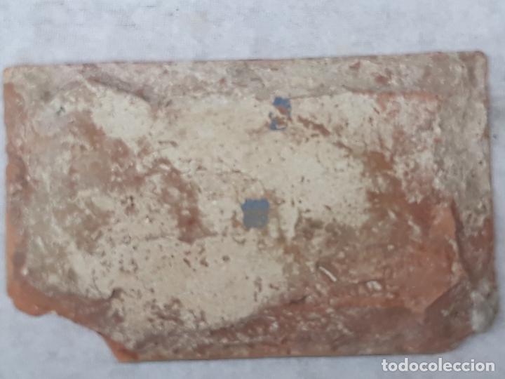 Antigüedades: AZULEJO ANTIGUO DE TOLEDO - ARISTA - RENACIMIENTO - SIGLO XVI. - Foto 4 - 182787075