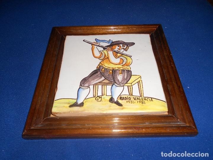 AZULEJO CERAMICA RADIO VALENCIA (Antigüedades - Porcelanas y Cerámicas - Otras)