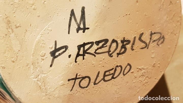 Antigüedades: ESPECTACULAR JARRÓN / PUENTE DEL ARZOBISPO / CON FIRMA / M A ( MANUEL ÁLVAREZ ) 45 CM / PERFECTO. - Foto 6 - 182839883