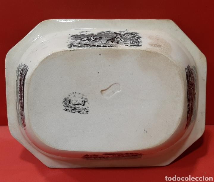 Antigüedades: ANTIGUA FUENTE OCHAVADA DE CARTAGENA, VALARINO. ESCENA DE CAZA. - Foto 3 - 182848497