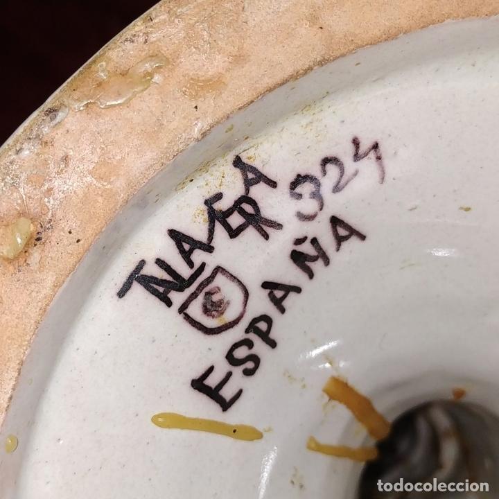 Antigüedades: PAREJA DE CANDELABROS DE 2 LUCES. MARCAS DE CERÁMICA DE TALAVERA. ESPAÑA. SIGLO XX - Foto 4 - 182851986