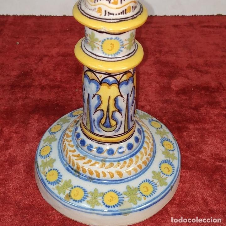 Antigüedades: PAREJA DE CANDELABROS DE 2 LUCES. MARCAS DE CERÁMICA DE TALAVERA. ESPAÑA. SIGLO XX - Foto 13 - 182851986