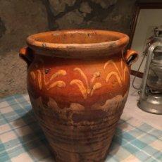 Antigüedades: ANTIGUA ORZA / JARRA DE CERAMICA POPULAR CATALANA DE LA BISBAL MARRÓN Y AMARILLA DEL SIGLO XIX . Lote 182900881