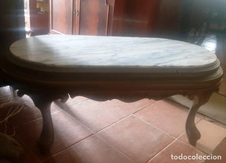 MESA BAJA DE SALÓN EN MADERA PINTADA TALLADA. (Antigüedades - Muebles Antiguos - Mesas Antiguas)