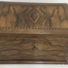 Antigüedades: ANTIGUO COSTURERO FRANCÉS DEL SIGLO XIX. Lote 182911703