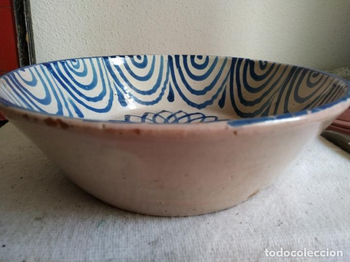 Antigüedades: Plato cerámica Granada Fajalauza. con decoracion floral - Foto 3 - 182916061