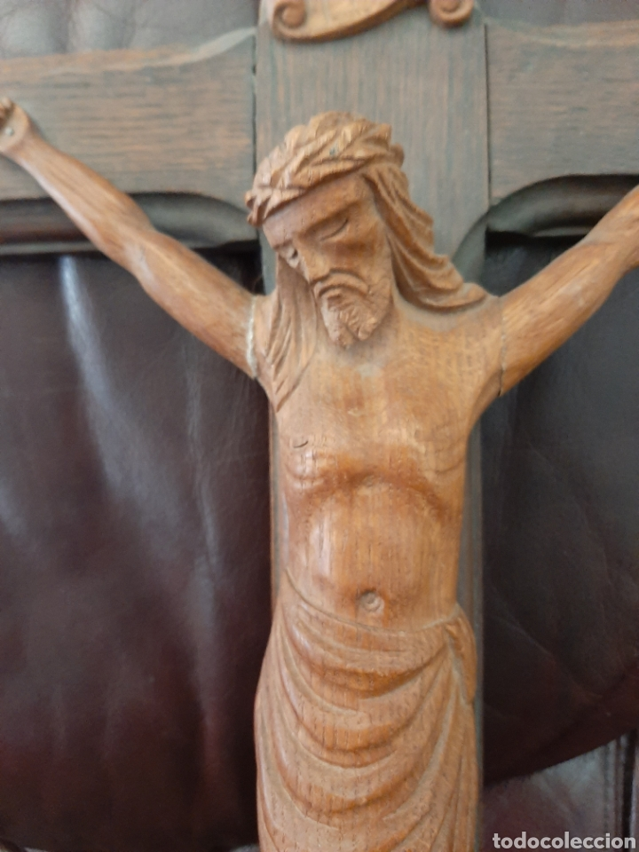Antigüedades: Crucifijo con talla de madera - Foto 2 - 182970866
