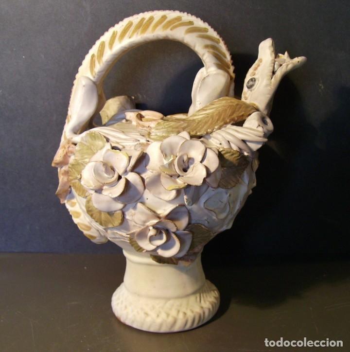 ROTUNDO Y CREATIVO BOTIJO CERÁMICA CATALANA DE BREDA XX (Antigüedades - Porcelanas y Cerámicas - Catalana)