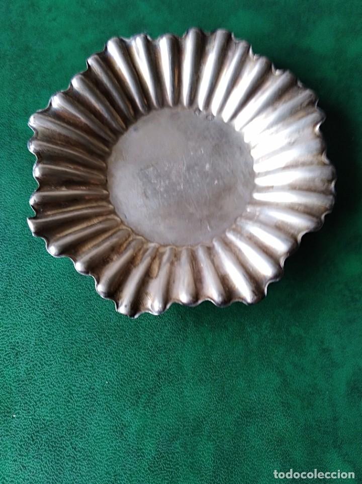 BONITA BANDEJITA DE PLATA (Antigüedades - Platería - Plata de Ley Antigua)