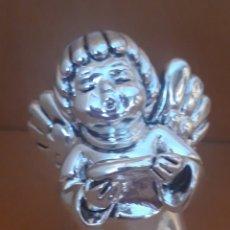 Antigüedades: SIMPÁTICA FIGURA DE ANGELITO QUERUBIN CANTOR EN PLATA. Lote 182979547