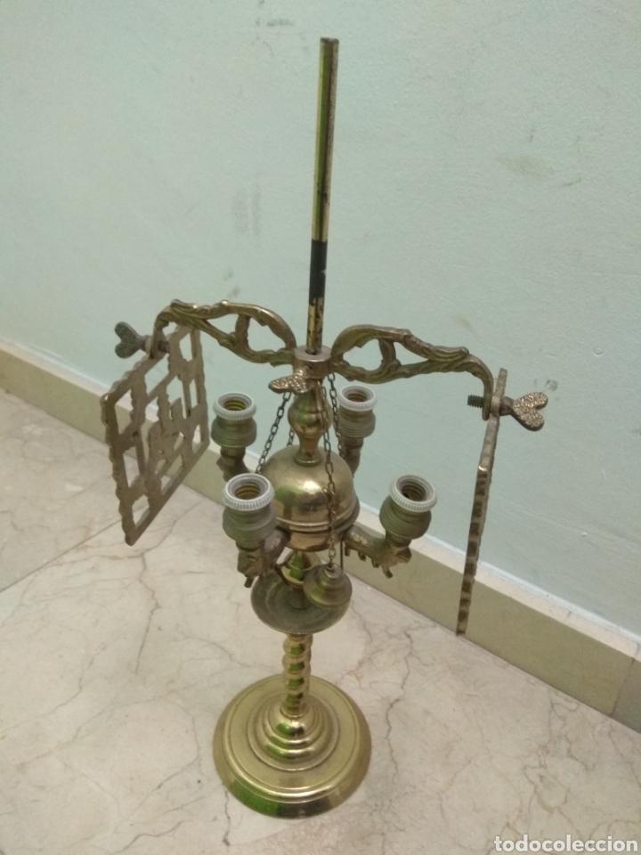 Antigüedades: Antigua Lámpara de Aceite - Luz Eléctrica - - Foto 2 - 182979637