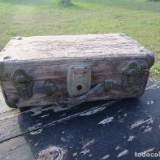 Antigüedades: ANTIGUO BAÚL MADERA. Lote 182990310