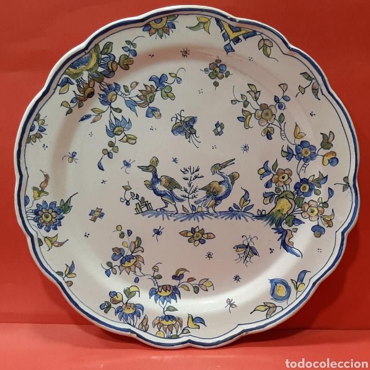 GRAN PLATO DE FAITANAR, MARCAS AL DORSO. MIDE 34,5 CM. (Antigüedades - Porcelanas y Cerámicas - Alcora)