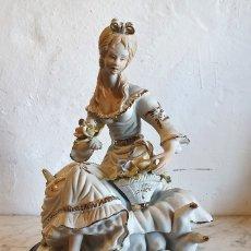 Antigüedades: FIGURA DE PORCELANA. Lote 183020078