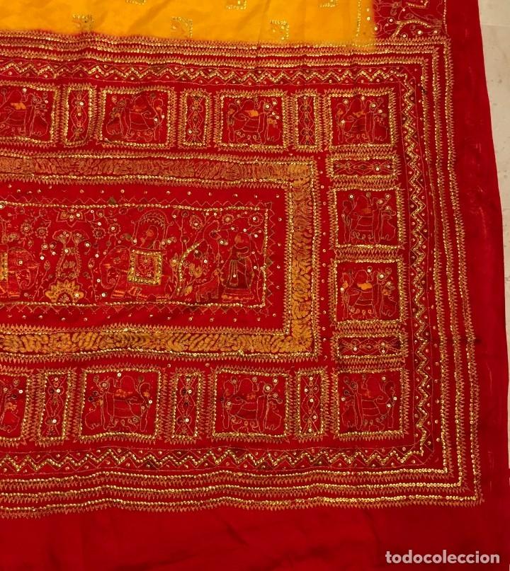 Antigüedades: SARI - SAREE ESTAMPADO Y BORDADO A MANO DE SEDA NATURAL - 4,5 METROS. - Foto 3 - 183024030