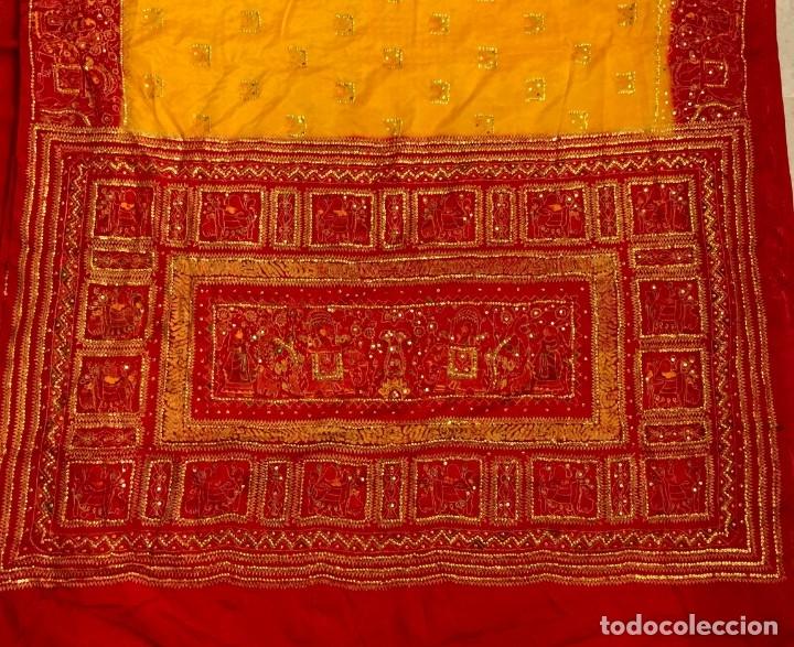 Antigüedades: SARI - SAREE ESTAMPADO Y BORDADO A MANO DE SEDA NATURAL - 4,5 METROS. - Foto 8 - 183024030