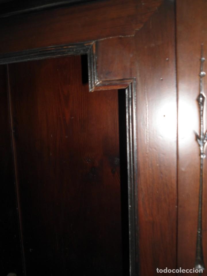 Antigüedades: Parte de arriba aparador antiguo tipo librería de 1883. Lacado, para restaurar. - Foto 14 - 183030441