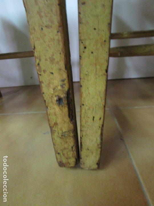 Antigüedades: Juego de 5 Sillas Mallorquinas - Carlos IV - Mallorca - Madera de Pino Policromadas -Finales S.XVIII - Foto 5 - 183053398