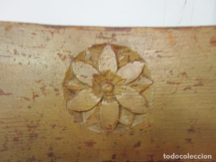 Antigüedades: Juego de 5 Sillas Mallorquinas - Carlos IV - Mallorca - Madera de Pino Policromadas -Finales S.XVIII - Foto 13 - 183053398