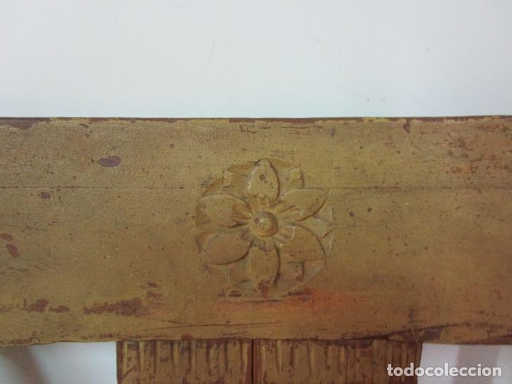 Antigüedades: Juego de 5 Sillas Mallorquinas - Carlos IV - Mallorca - Madera de Pino Policromadas -Finales S.XVIII - Foto 14 - 183053398