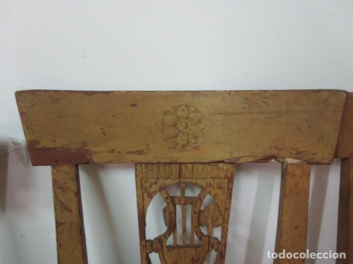 Antigüedades: Juego de 5 Sillas Mallorquinas - Carlos IV - Mallorca - Madera de Pino Policromadas -Finales S.XVIII - Foto 15 - 183053398