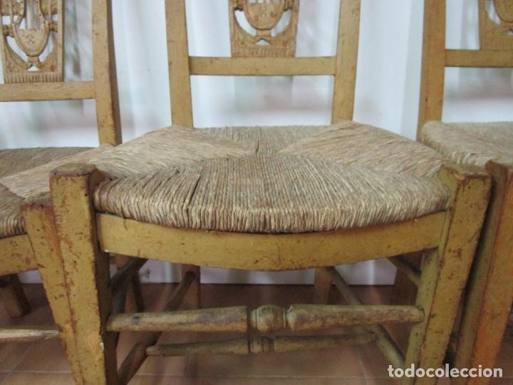 Antigüedades: Juego de 5 Sillas Mallorquinas - Carlos IV - Mallorca - Madera de Pino Policromadas -Finales S.XVIII - Foto 16 - 183053398