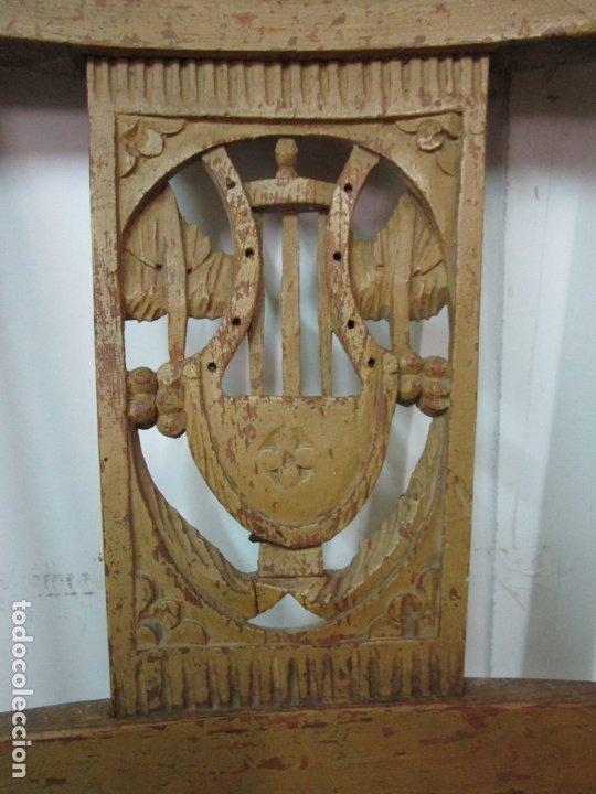 Antigüedades: Juego de 5 Sillas Mallorquinas - Carlos IV - Mallorca - Madera de Pino Policromadas -Finales S.XVIII - Foto 19 - 183053398