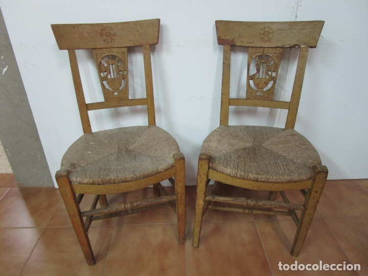 Antigüedades: Juego de 5 Sillas Mallorquinas - Carlos IV - Mallorca - Madera de Pino Policromadas -Finales S.XVIII - Foto 22 - 183053398