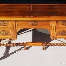 Antigüedades: MESA DE DESPACHO / ESCRITORIO DE NOGAL. Lote 183067450