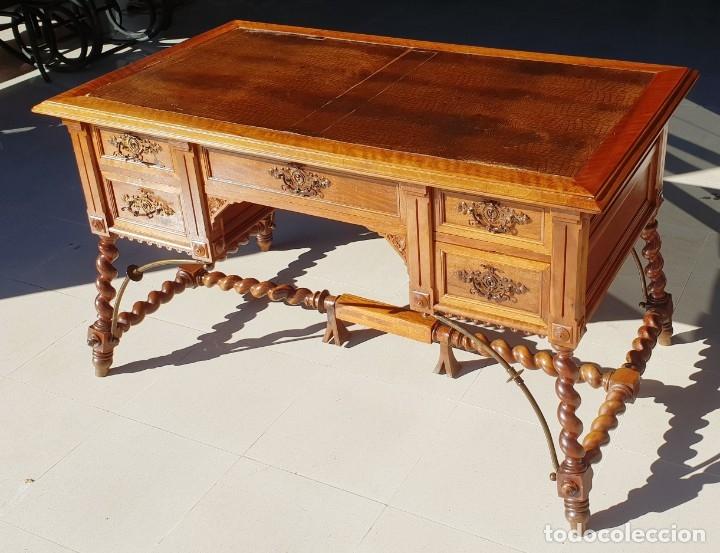 Antigüedades: Mesa de despacho / Escritorio de nogal - Foto 2 - 183067450