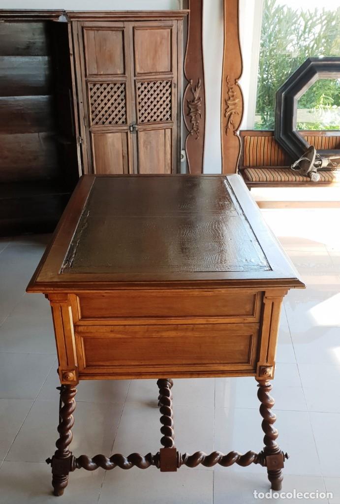 Antigüedades: Mesa de despacho / Escritorio de nogal - Foto 4 - 183067450