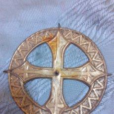 Antigüedades: CORONA CON CRUCES DE IMAGEN, FIGURA,SANTO O VIRGEN. Lote 183175056