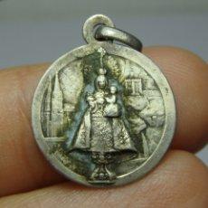 Antigüedades: MEDALLA RELIGIOSA ANTIGUA. PLATA. VIRGEN DEL PILAR.. Lote 183194803
