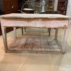 Antigüedades: ANTIGUA MESA TOCINERA - MADERA DE PINO - MEDIDA 135X80X81 CM. Lote 183201368