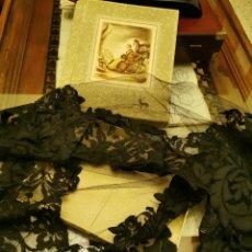 Antigüedades: MANTILLA PEQUEÑA O BELO DE MISA. NUEVO.. Lote 183205055