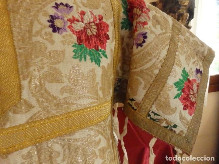 Antigüedades: Pareja de dalmáticas confeccionadas en seda brocada con oro y otras sedas. S. XIX. - Foto 7 - 183208772