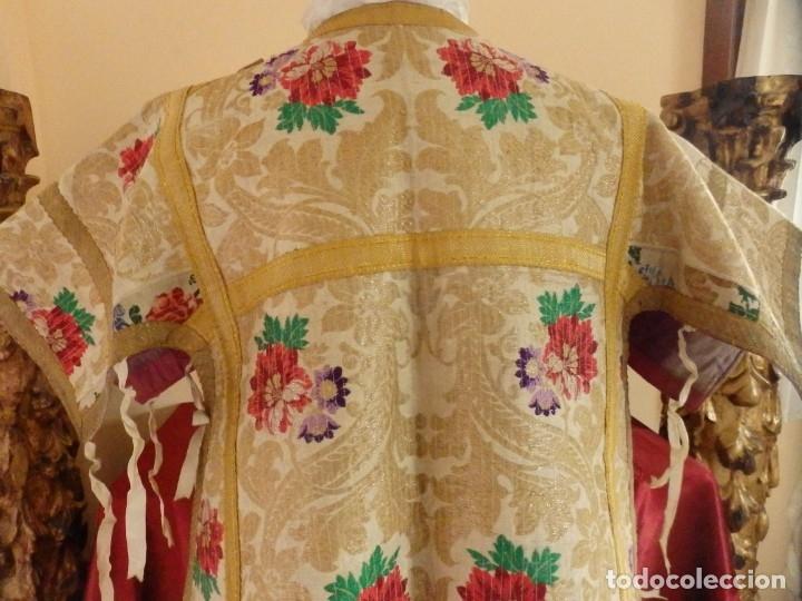 Antigüedades: Pareja de dalmáticas confeccionadas en seda brocada con oro y otras sedas. S. XIX. - Foto 11 - 183208772