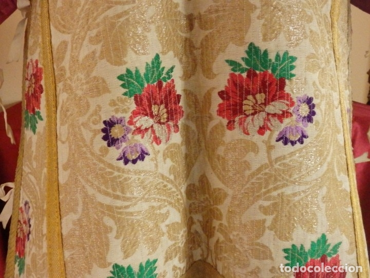 Antigüedades: Pareja de dalmáticas confeccionadas en seda brocada con oro y otras sedas. S. XIX. - Foto 12 - 183208772