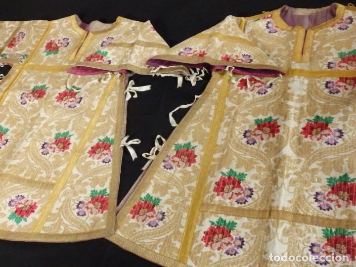Antigüedades: Pareja de dalmáticas confeccionadas en seda brocada con oro y otras sedas. S. XIX. - Foto 18 - 183208772
