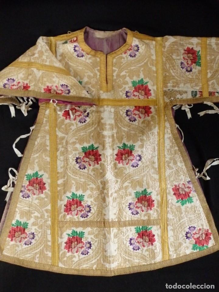 Antigüedades: Pareja de dalmáticas confeccionadas en seda brocada con oro y otras sedas. S. XIX. - Foto 19 - 183208772