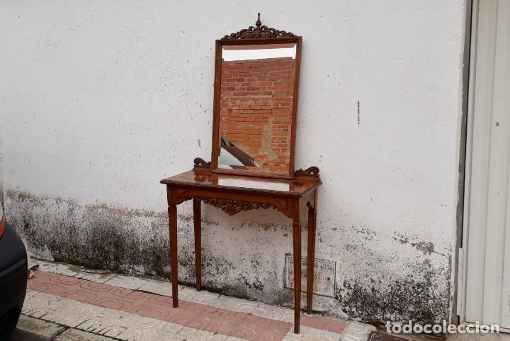CONSOLA ANTIGUA CON ESPEJO ESTILO LUIS XVI. ESPEJO ANTIGUO CON CONSOLA, ENTRADA RECIBIDOR VINTAGE. (Antigüedades - Muebles Antiguos - Consolas Antiguas)
