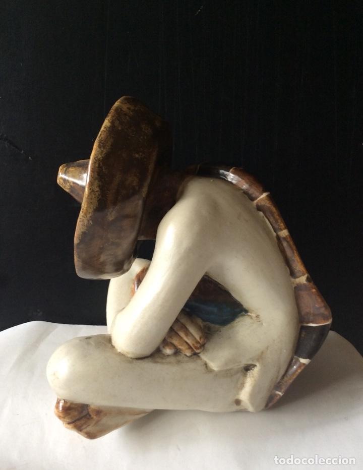 Antigüedades: Preciosa figura de porcelana NALDA - Mejicano sentado - Foto 2 - 183294140
