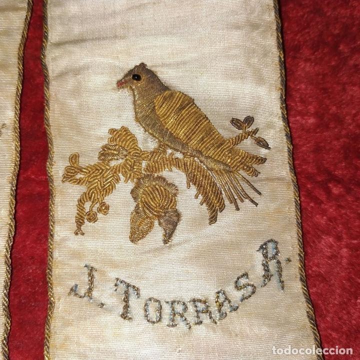Antigüedades: BANDA TROFEO CERTAMEN LITERARIO DEL COLEGIO MERCANTIL. ESPAÑA. SEDA BORDADA. 1877 - Foto 7 - 183294887