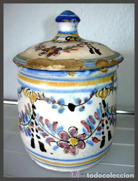 ANTIGUA CERAMICA CON TAPA / POSIBLEMENTE ALCORA (Antigüedades - Porcelanas y Cerámicas - Alcora)
