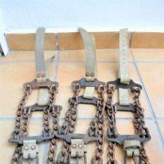 Antigüedades: 3 TRES ANTIGUOS COLLARES PARA GANADO OVEJA CABRA ADULTA . Lote 183306746