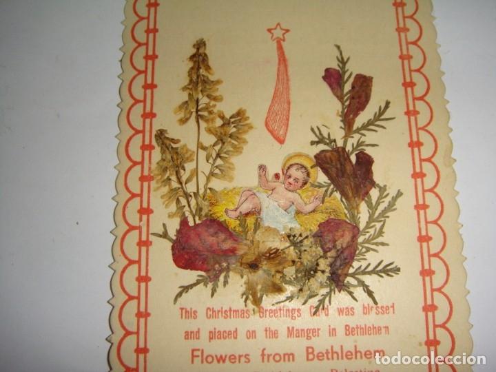 Antigüedades: Estampa Reliquia. Con flores de Bethlehem - Palestina. Souvenir de la exposición de París - 1937 - Foto 2 - 183320227