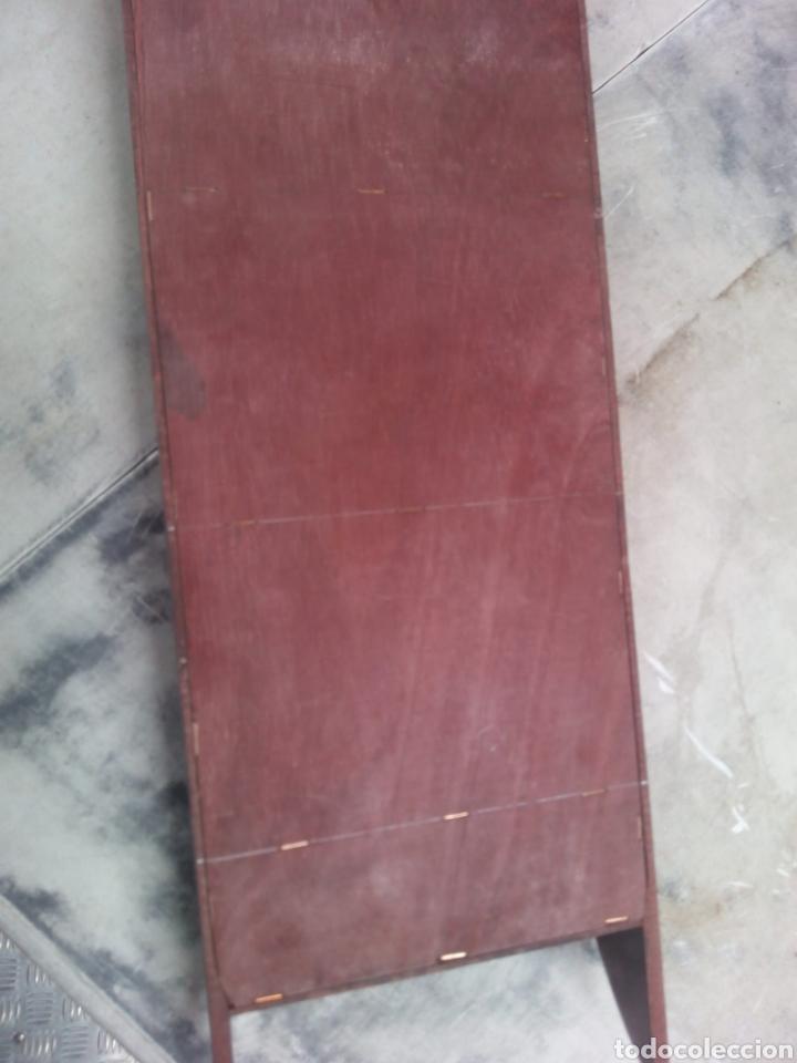 Antigüedades: Antiguo juguetero repisa de madera años 50 - Foto 7 - 183343565