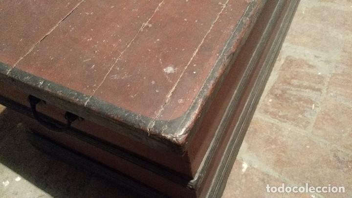 Antigüedades: Auténtico y original Arcón muy antiguo. - Foto 12 - 183382617