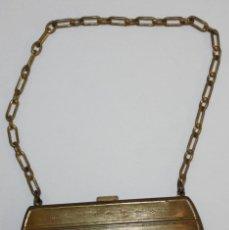 Antigüedades: MONEDERO EN METAL CON DECORACIONES GRABADAS. EPOCA ART-DECO. 1930. Lote 183383182