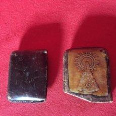 Antigüedades: PEQUEÑO MONEDERO DE CUERO ANTIGUO.. Lote 183385537